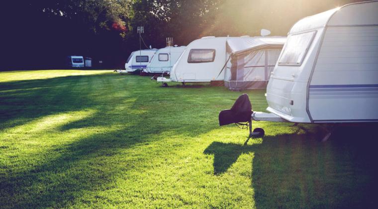 7 cosas que NUNCA debes hacer en un Camping