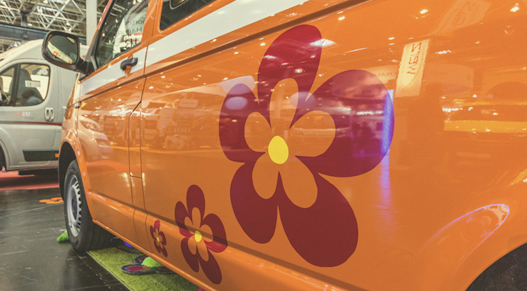 FlowCamper: Furgoneta de diseño para hippies modernos
