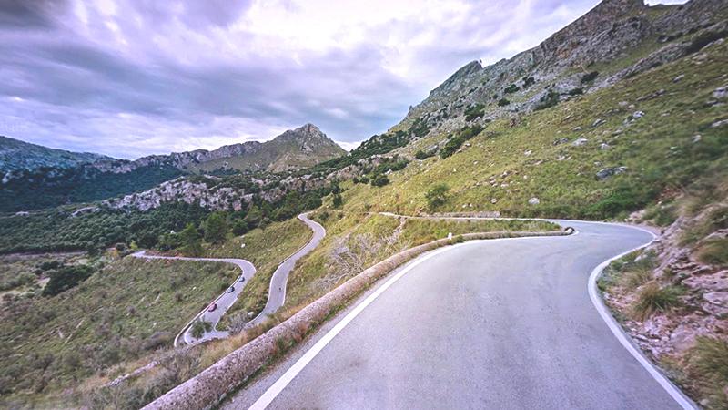 7 Carreteras Españolas En Las Que Disfrutarás Conduciendo