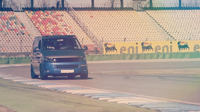 La furgoneta camperizada más rápida del mundo