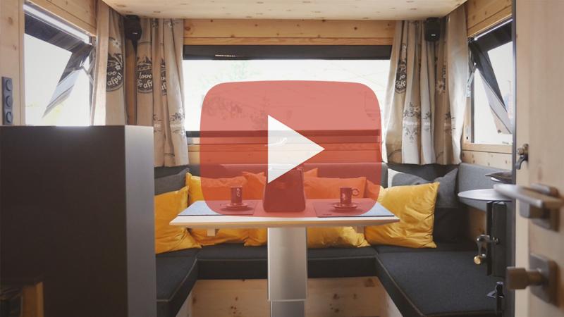 La Zirbenbox – Un Contenedor Para Camiones De Expedición Hecho De Madera